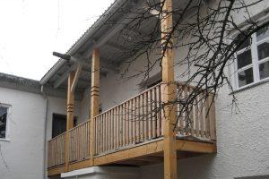 Balkon, Fam Böld Isen